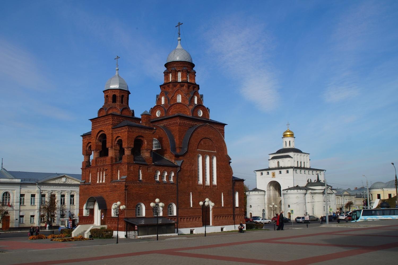 Троицкая церковь вышивка хрусталь во владимире6