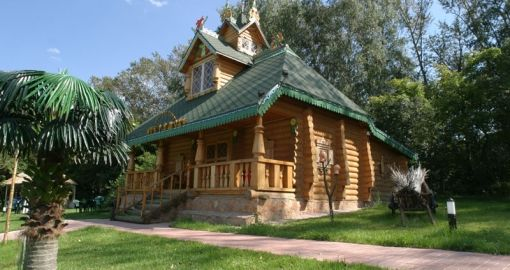 Сарай в стиле русского терема