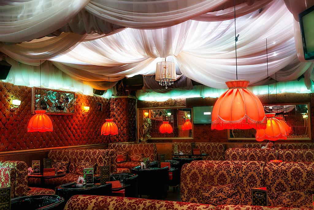Ночные клубы братиславской скрытая съемка из туалета ночного клуба