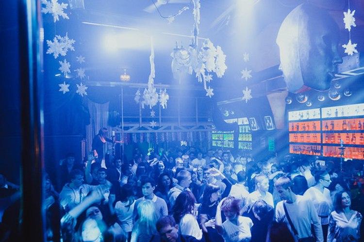 Ночной клуб люкс ростов великий клуб в москве тело и душу