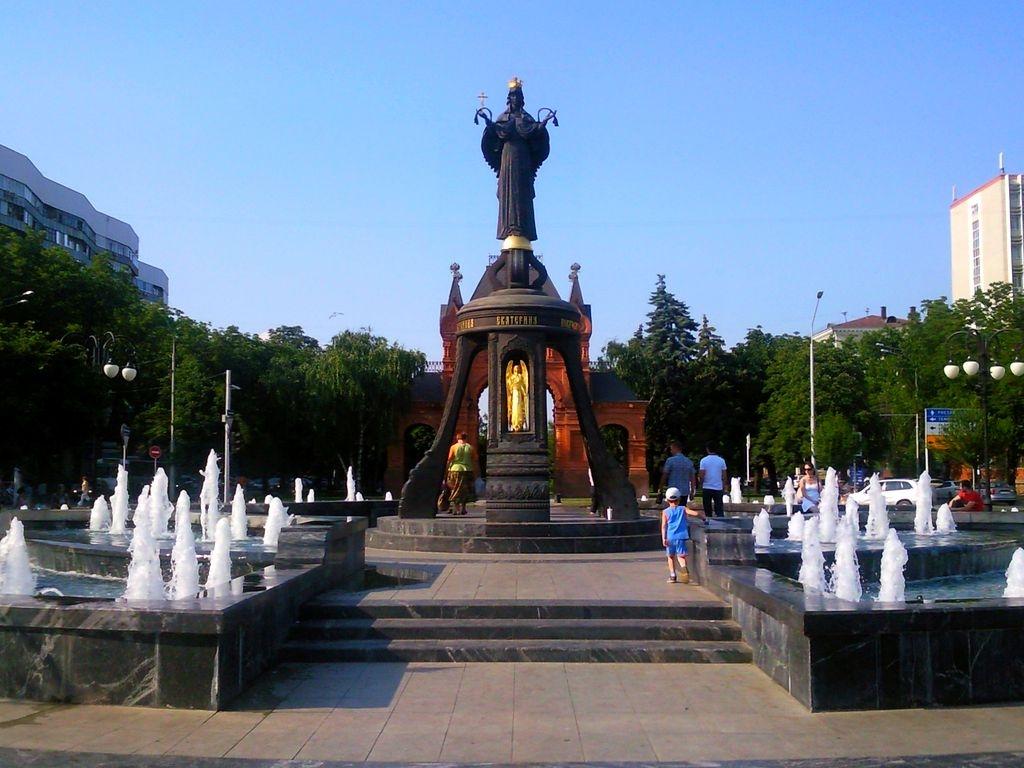 Эконом памятник Арка Сочи Резные памятники Лениногорск