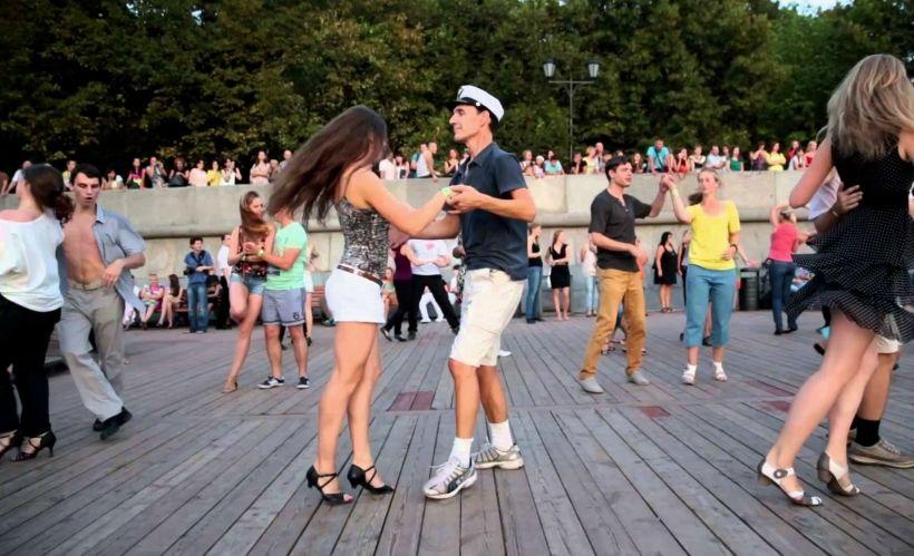 Потанцевать на свежем воздухе