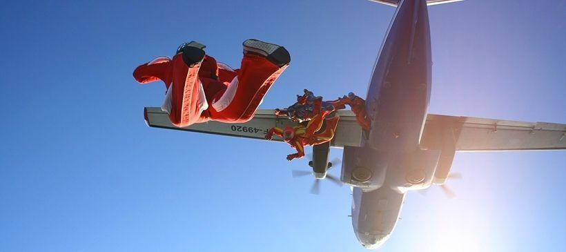 Прыжки с парашютом в SkyCenter