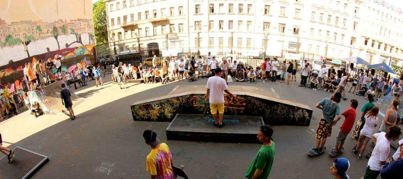 Скейт-парк на Введенской улице