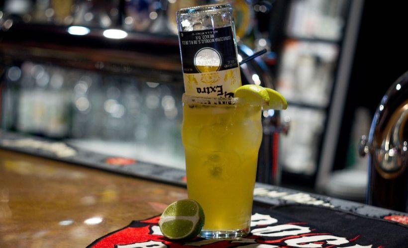 «Мексиканский бульдог» в баре Rockstar