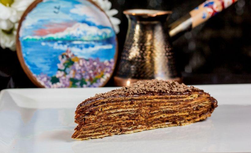 Торт «Микадо» в ресторане Gayane's