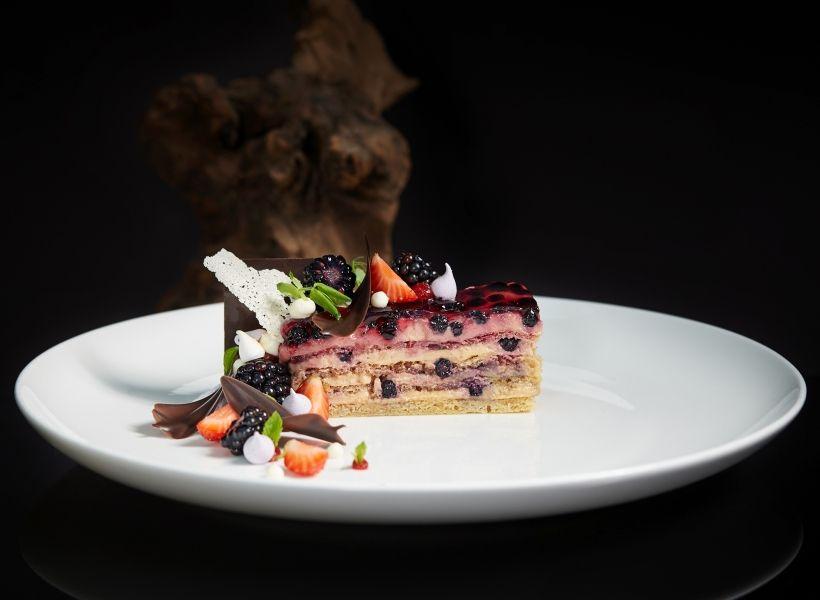 Черничный пирог в ресторане Sixty