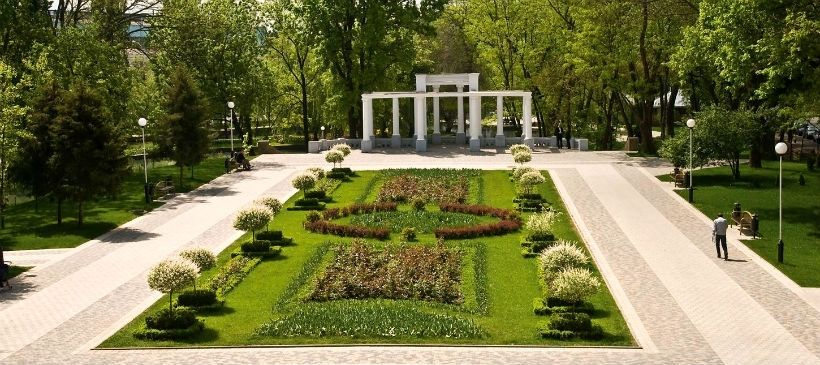Парк Чистяковская роща, КРАСНОДАР | 365x820