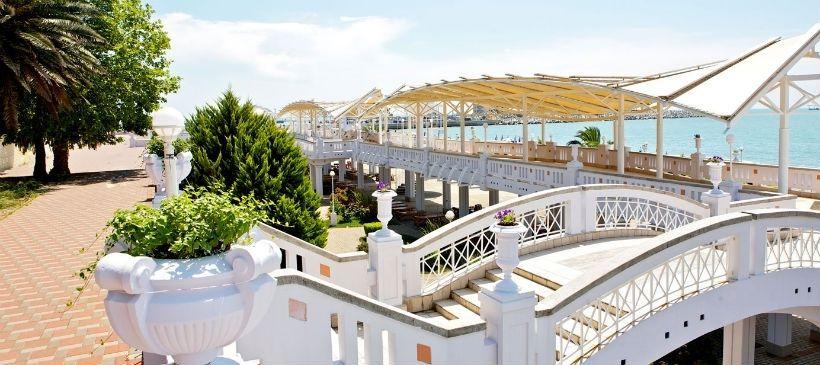 Пляж отеля «Звездный»