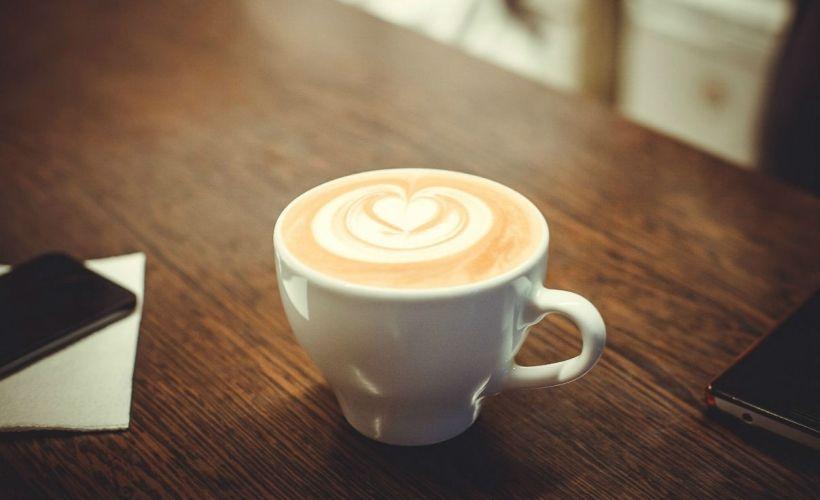 Завтрак в Кофеin