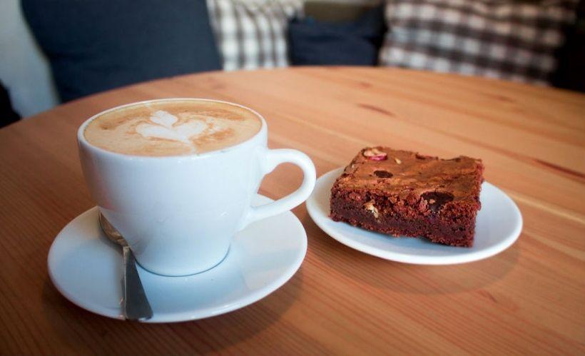 Брауни в кофейной лавке «Гудини»
