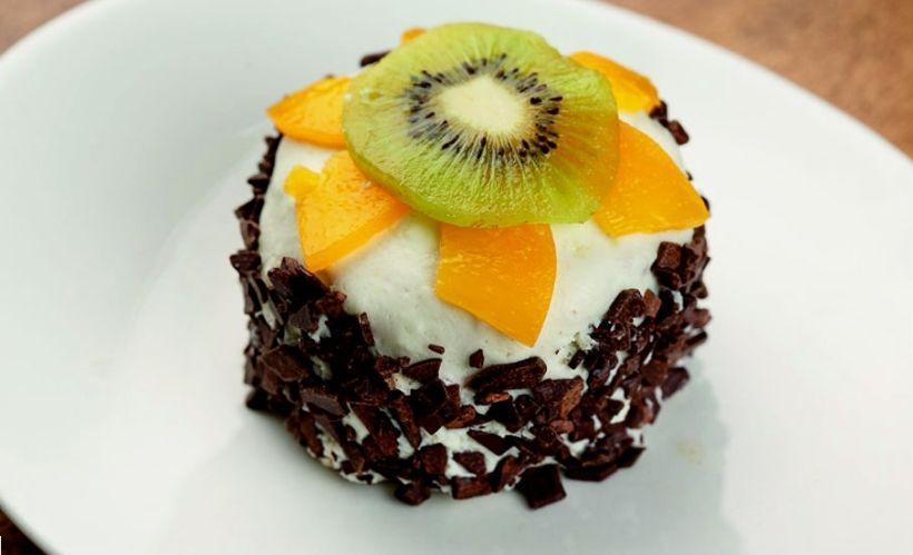 Торт «Волшебный» в кафе «Сказка»