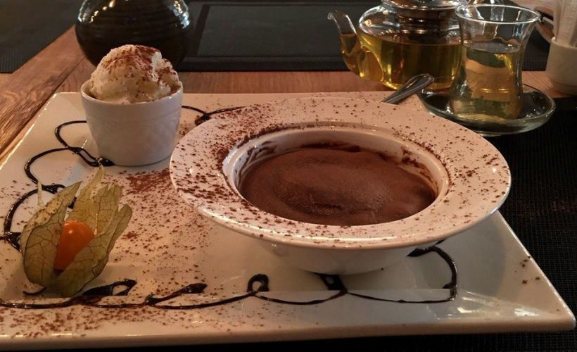 Шоколадный флан в кафе «Хинкальная»