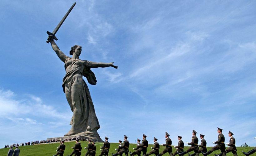 Главный монумент мемориала «Родина-мать зовет!»