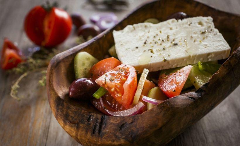 Греческая кухня в ресторане Molon lave
