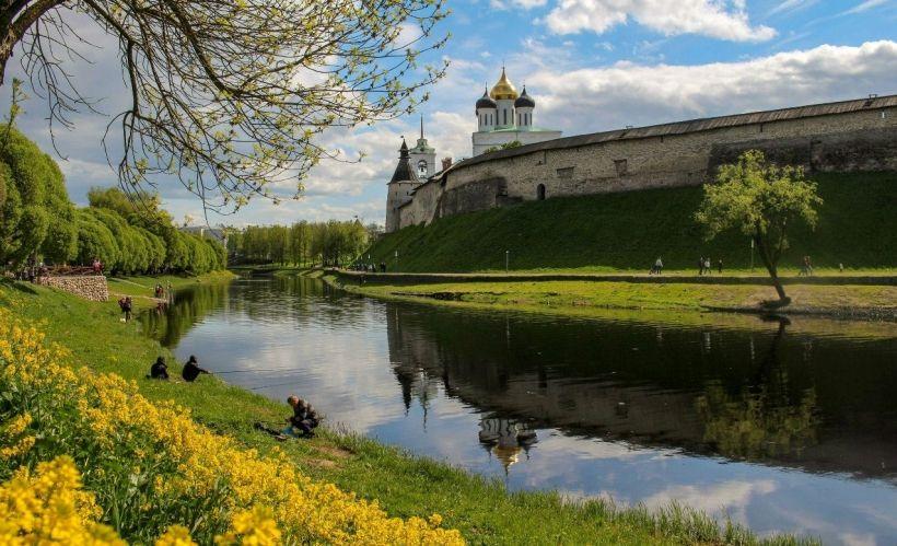 «Очарование весеннего Пскова» — Псковский Кремль