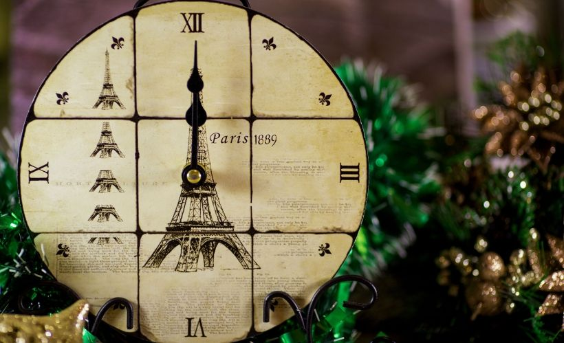 Новогодняя ночь в французском стиле в отеле Don Plaza