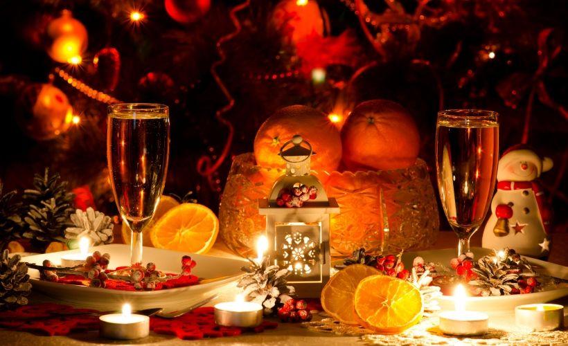 Узнать особенности сервировки новогоднего стола