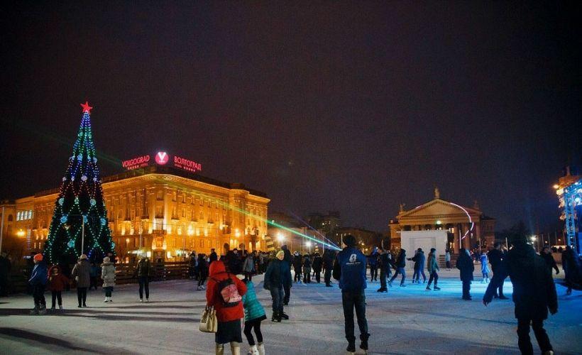 Каток на Площади Павших Борцов
