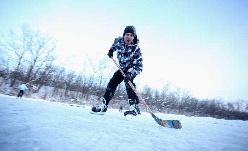 Хоккей на базе отдыха «Дубровский»