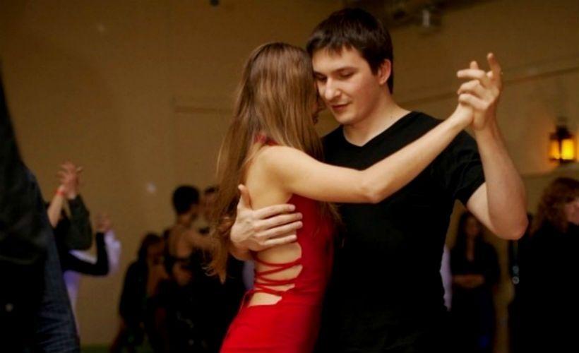 Аргентинское танго в клубе «Милонгеро»
