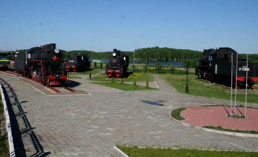 Музей паровозов и Музей электротранспорта