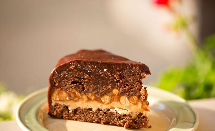 Торт «Карамельный Тироль» в кафе-гостиной «Гретель»