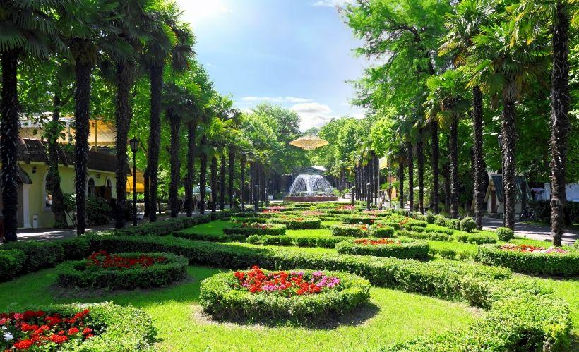 Прогуляться по парку «Ривьера»