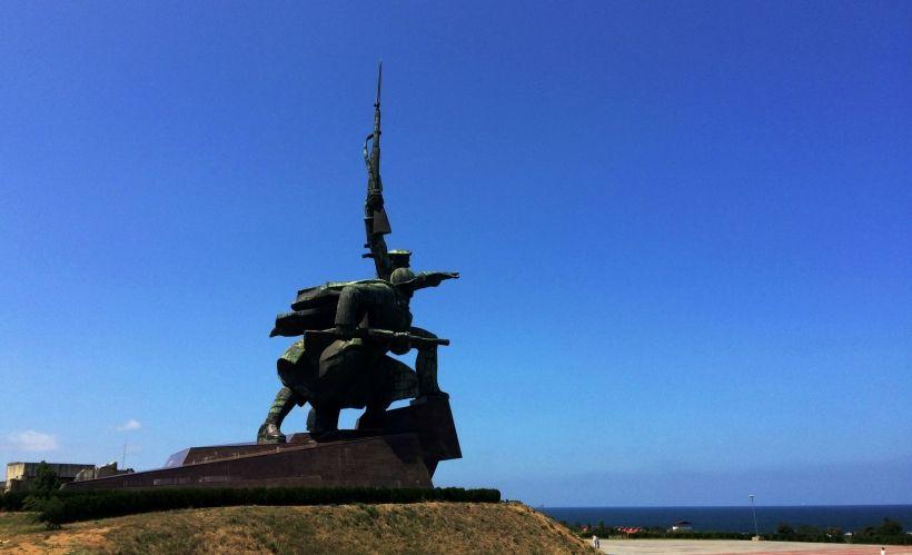 Монумент Солдат и Матрос в Севастополе
