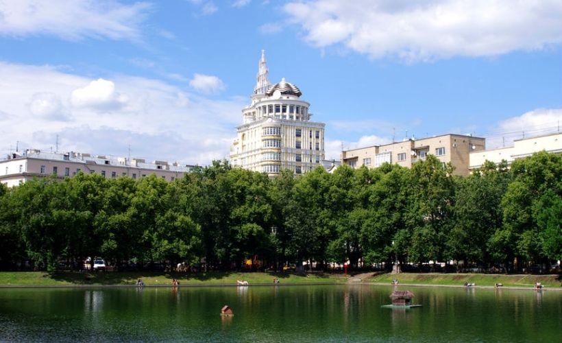 Патриаршие пруды в Москве