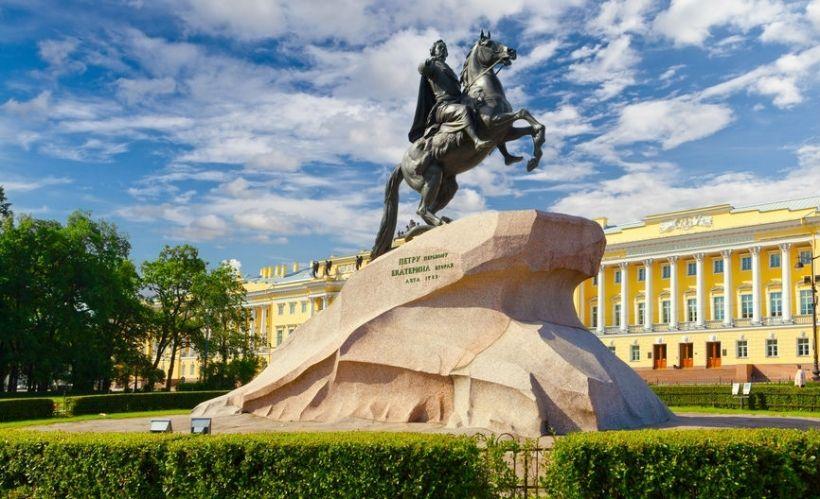Медный всадник в Санкт-Петербурге