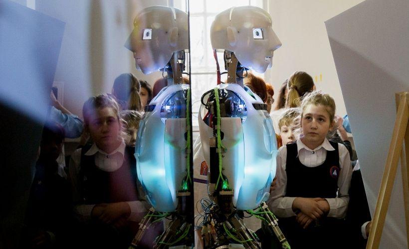 Интерактивная выставка «Робостанция».