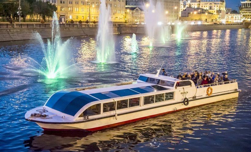 Волшебные огни Москвы-реки (ночная обзорная экскурсия с гидом)