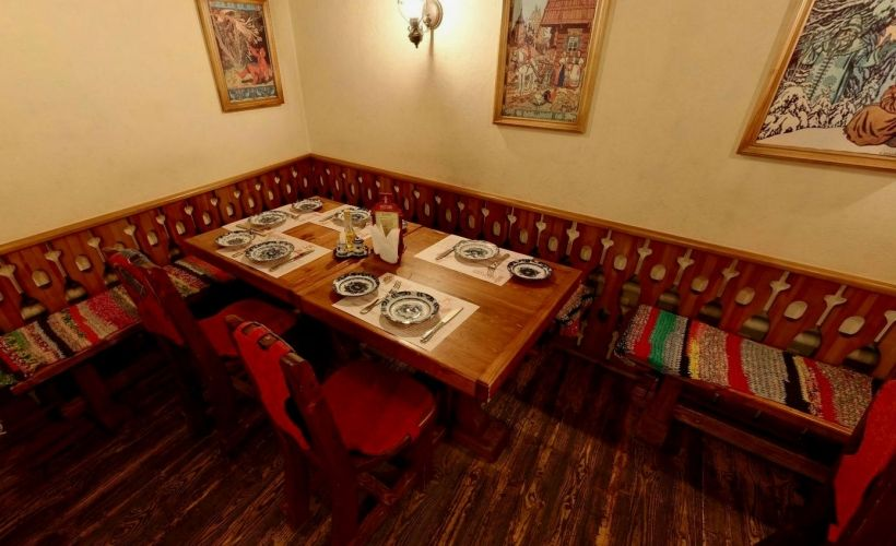 Ужин в ресторане «Собрание»