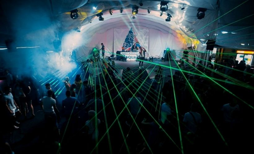 Aqua Dance Beach Club в Севастополе