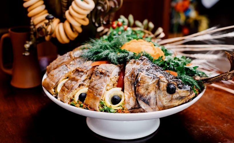 Отведать блюда донской кухни в ресторанно-гостиничном комплексе «Казачий Дозор»