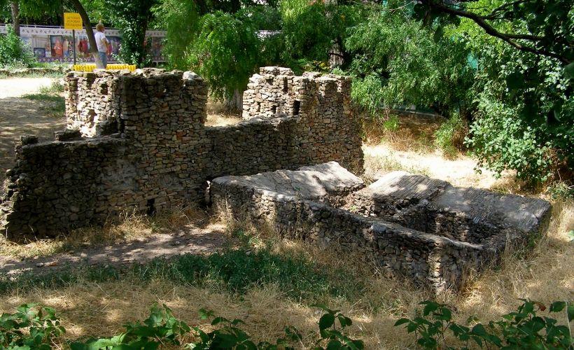 Реконструкция крепостных сооружений Танаиса в масштабе 1:10