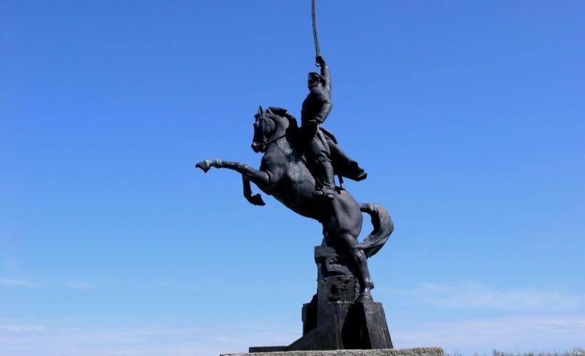 Памятник Донскому казаку Хоперского казачьего округа Всевеликого войска Донского