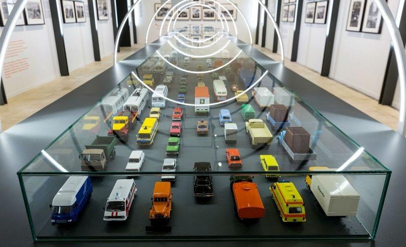 Выставка истории городского транспорта «Как дружно все выходят на конечной…»
