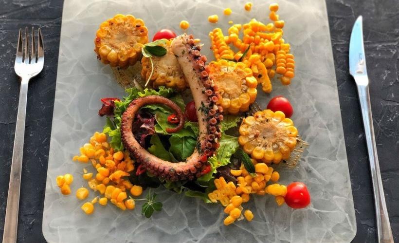 Mizoysters seafood bar & shop