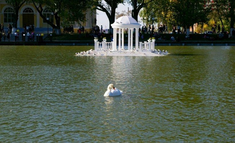 Астрахань — Лебединое озеро