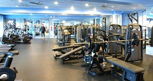 Фитнес-центр гостиницы «Космос» в Москве