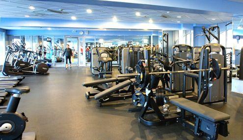 Фитнес-центр гостиницы «Космос»