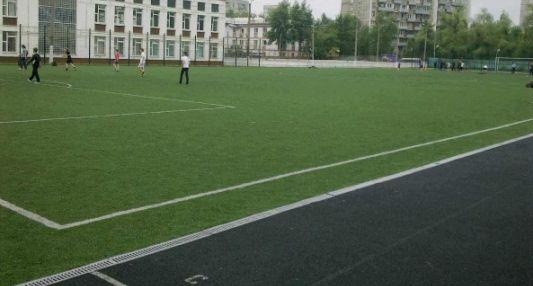 Футбольное поле на Федеративном проспекте