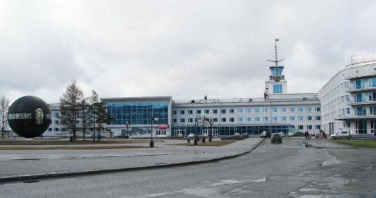 Казино находится в здании речного вокзала казино azino888 без депозита