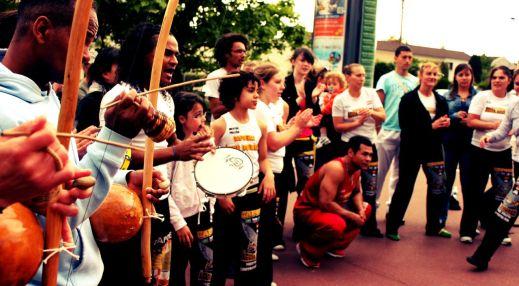 Capoeira Aguia Dourada