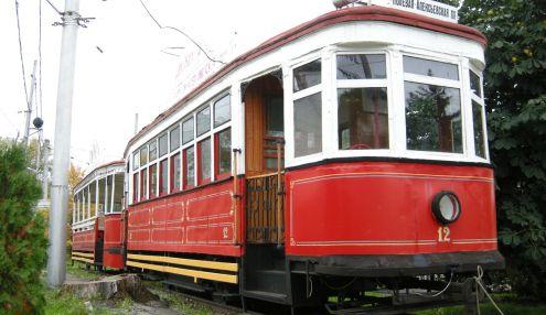 Памятник вагону трамвая