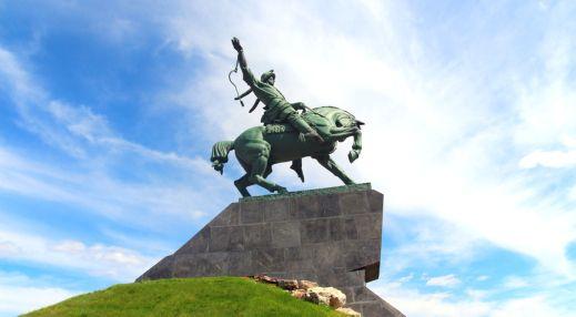 Где находится памятник салавату юлаеву в уфе изготовление памятников каталог спб