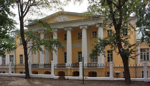 Дом Хитрово