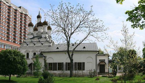 Церковь Николая Чудотворца в Голутвине